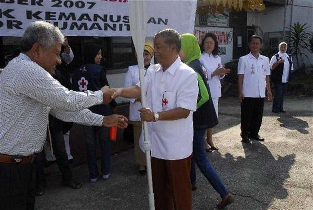 Permalink ke CPI Serahkan Peralatan Evakuasi Banjir