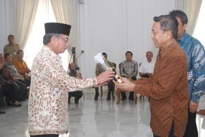 Permalink ke Riau Diganjar Penghargaan Ketahanan Pangan