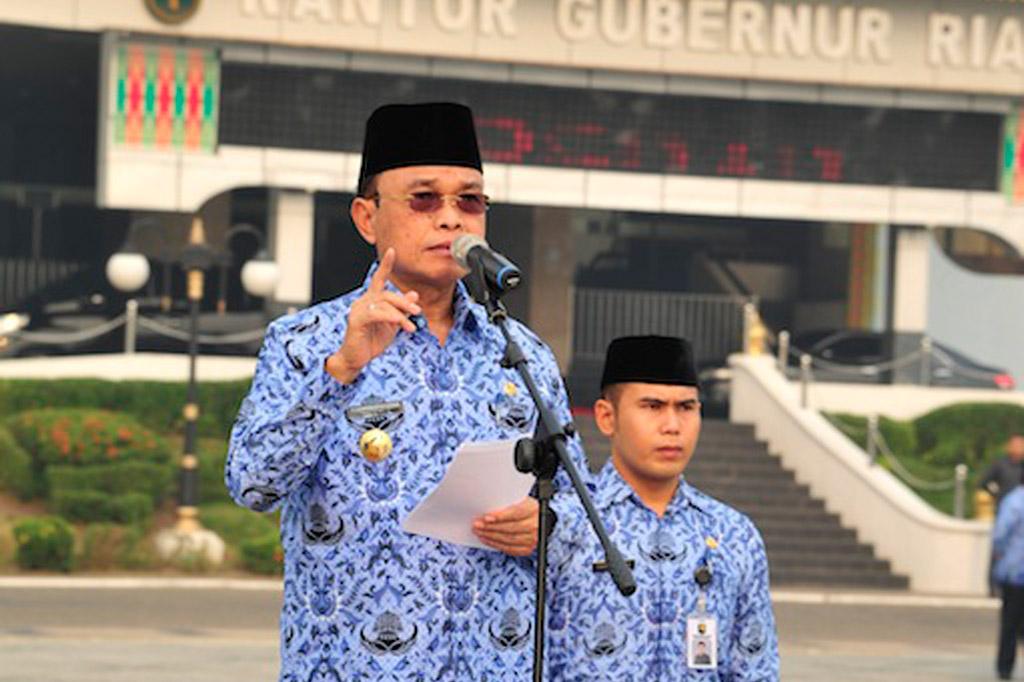 Permalink ke Galeri: Pj Gubernur Riau Pembina Apel Pagi 17