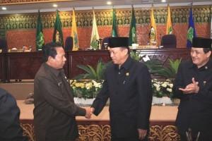 Permalink ke APBD Riau 2010 Disahkan Senilai 4,1 Triliun Rupiah