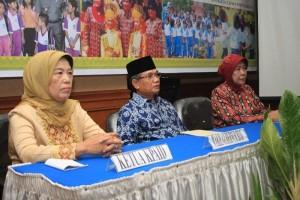Permalink ke Galeri KPAID Bentuk Forum Peduli Anak Riau
