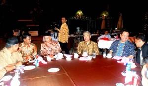 Permalink ke PERUSAHAAN DAN MASYARAKAT HARUS BERSINERGI Silaturahmi Tokoh Masyarakat Pangkalan Kerinci dengan PT.RAPP