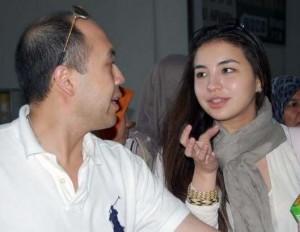 "Permalink ke TERKAIT KASUS MANOHARA Blogger Malaysia Dihujani Caci Maki dan Seruan ""Ganyang Malaysia"""
