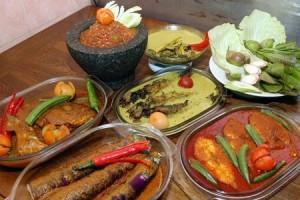 Permalink ke DARI MELAKA FOOD FESTIVAL Asam Pedas dan Onde-Onde, Masakan Khas Riau atau Malaysia?