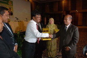 Permalink ke Dirut Riaupulp Tampil Sebagai Pembicara Dalam Seminar MM Unri