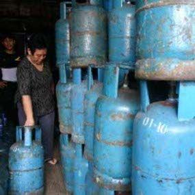 Permalink ke Idul Fitri Masih Lama, Gas Elpiji Sudah Keburu Menghilang di Pekanbaru