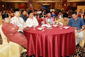 Permalink ke BUKA BERSAMA WARTAWAN Riaupulp Serahkan Bingkisan untuk Wartawan Senior di Riau