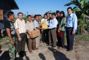 Permalink ke Riaupulp Bantu Korban Banjir 5 Desa di Kabupaten Pelalawan