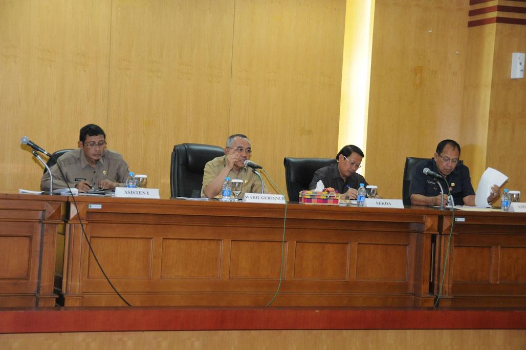 Wagubri Pimpin Rakor dengan Esselon II di Lingkungan Pemprov Riau