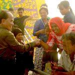 Gubri saat bersama Masyarakat Rohil