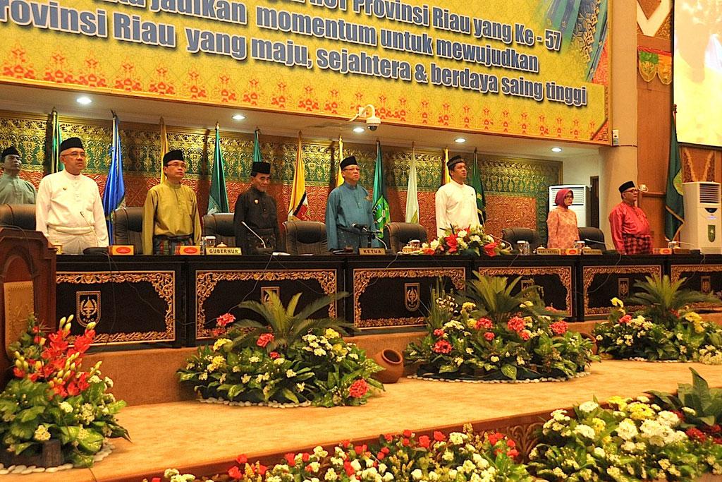 Paripurna-Dprd-Bersempena-HUT-Prov-Riau-ke-57-
