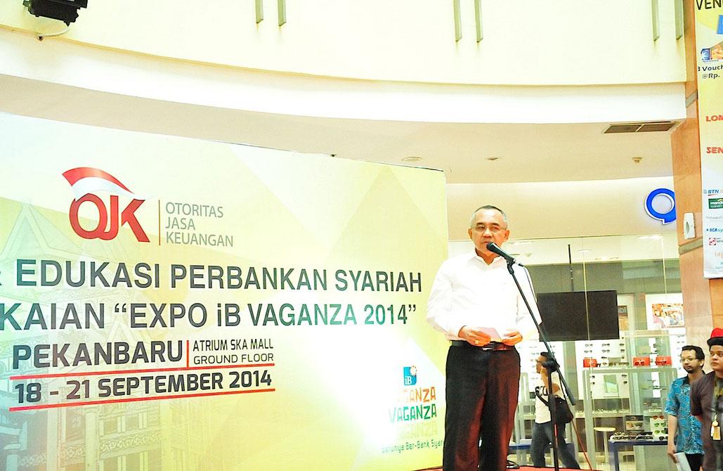 Sosialisasi dan Edukasi Perbankan Syariah dalam Rangkaian EXPO iB Vaganza 2014