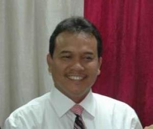 Permalink ke Besok Rusli Zainal Diwisuda Sebagai Magister Profesional