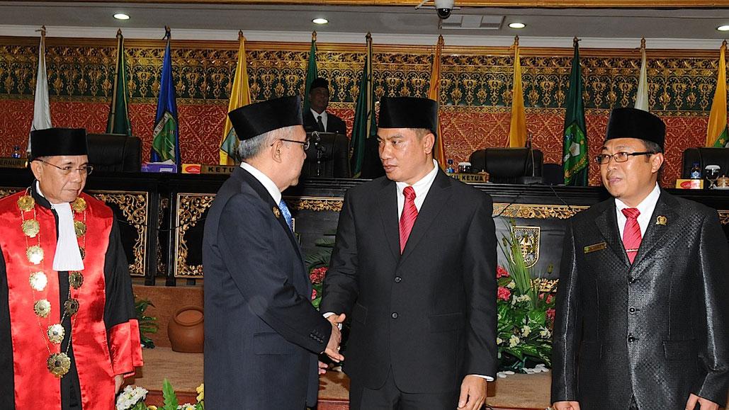 Permalink ke Pelantikan Ketua DPRD Prov Riau