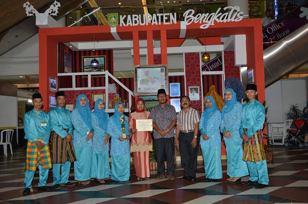 Permalink ke Bengkalis Juara Pertama The 10th International Sumatera Indonesia Expo 2014 di Batam