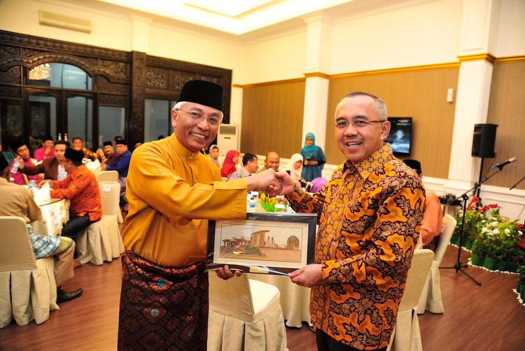 Permalink ke Ramah Tamah Plt Gubri dengan Wakil Menteri Pendidikan dan Ketenagakerjaan Singapura