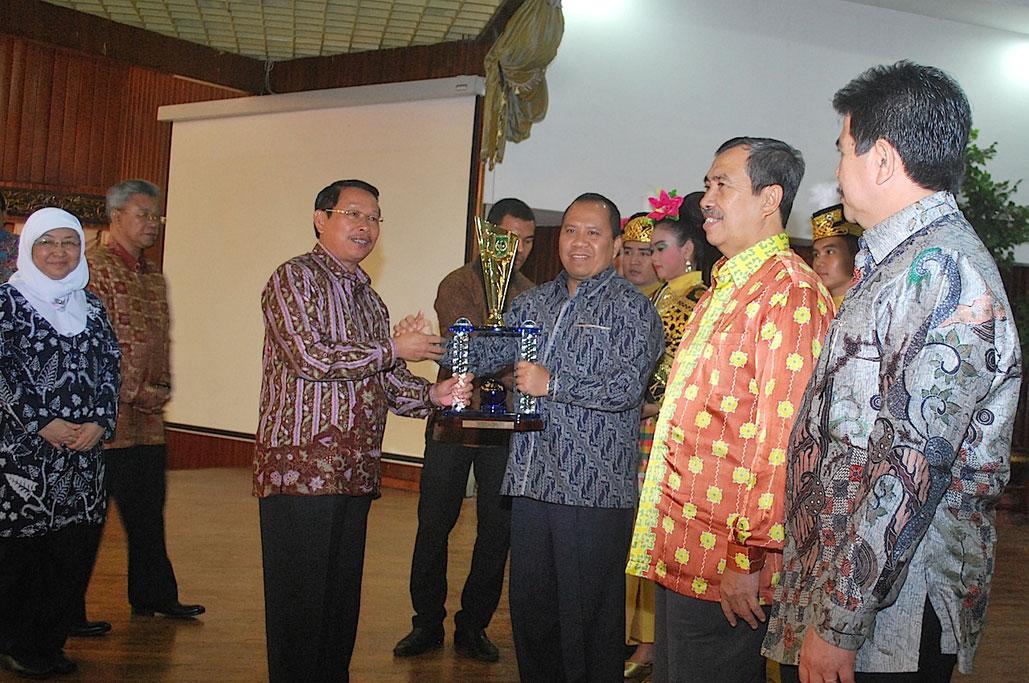 Permalink ke Anugerah Riau Investment Award 2014