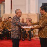 Plt Gubri Terima DIPA dari Presiden Jokowi