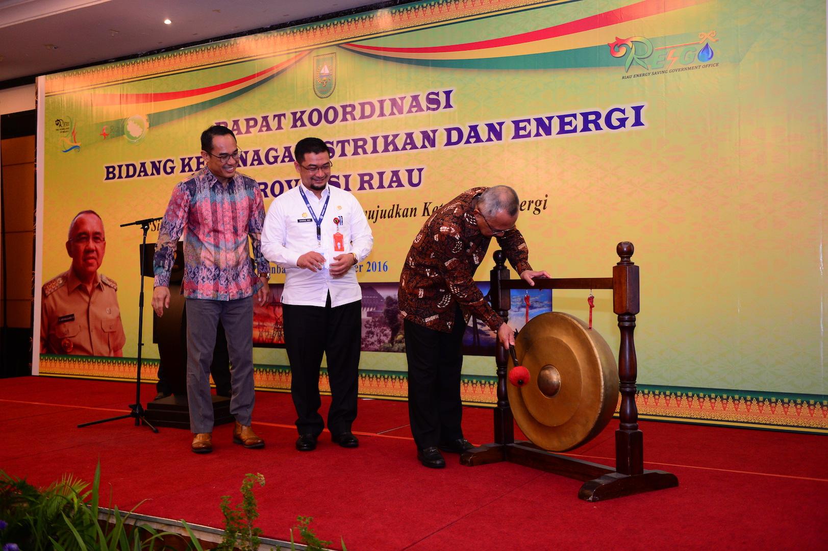 Permalink ke Rapat Koordinasi Bidang Ketenagalistrikan dan Energi Provinsi Riau
