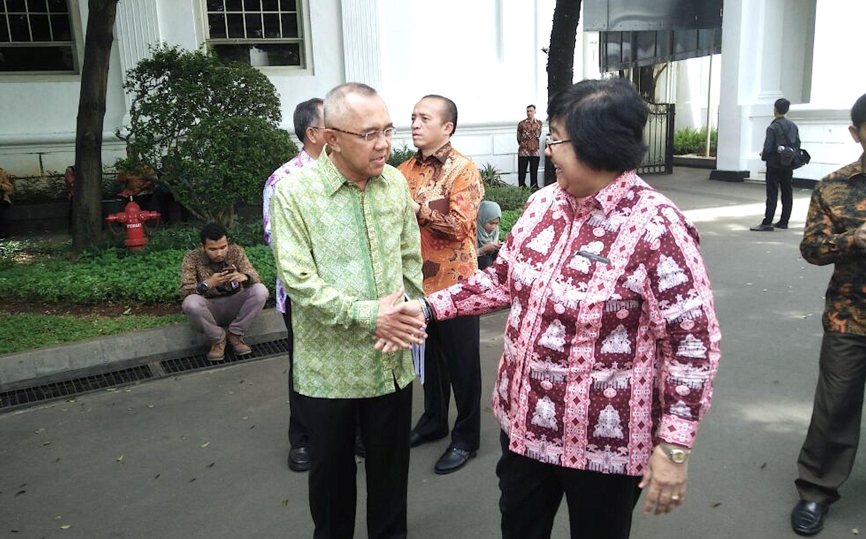 Gubri Hadiri Pengarahan Presiden RI Joko Widodo pada Rapat Koordinasi Nasional Pengendalian Kebakaran Hutan dan Lahan pada Tahun 2017, di Istana Negara Jakarta, Senin (23_1)