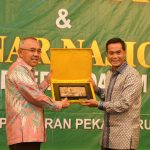 Gubri buka MUPROV VI Kadin Prov Riau dan Seminar Nasional