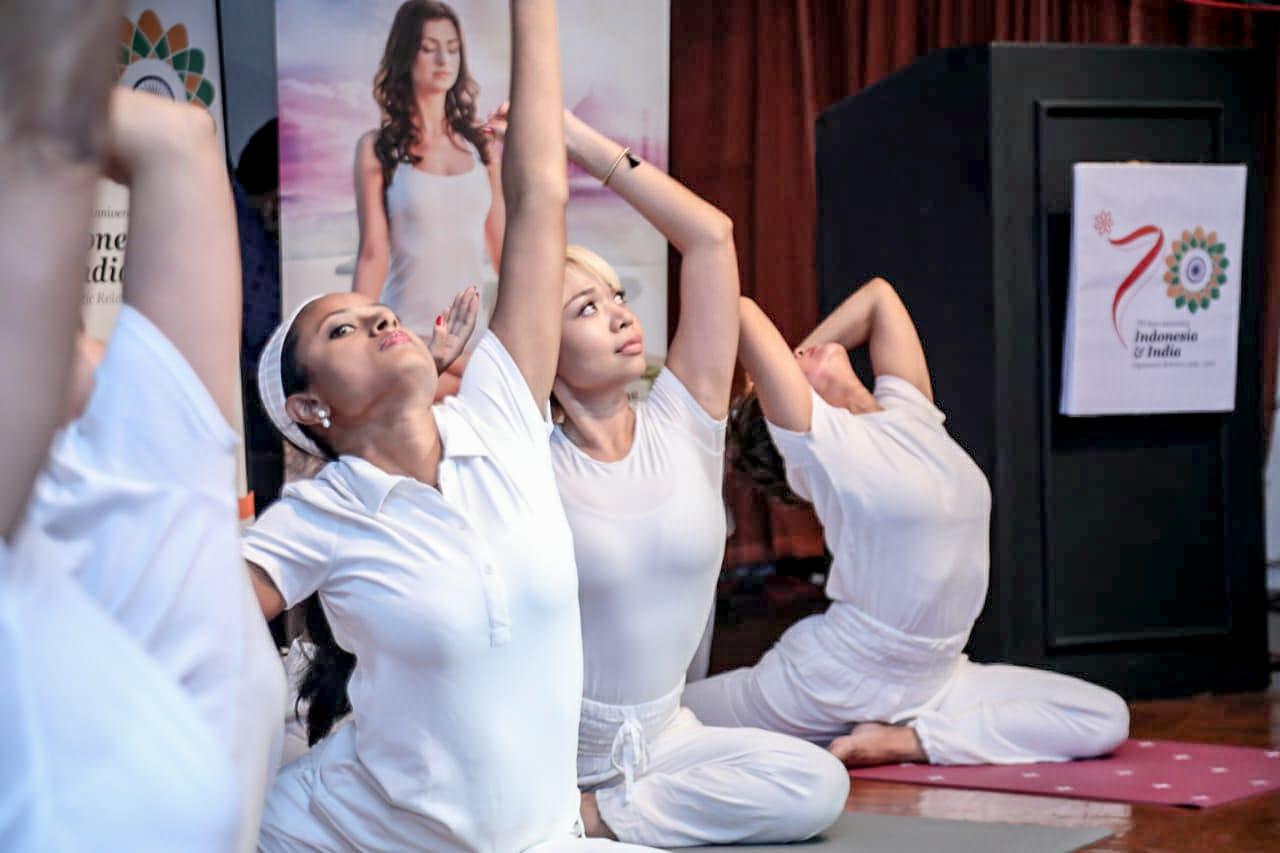 Permalink ke Festival Yoga Jadi Atraksi Wisata Wisman Ke Prambanan