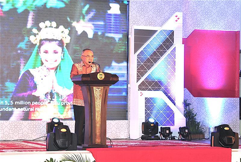 Permalink ke Galeri: Plt Gubri beserta Isteri hadiri Welcome Party Penarikan Undian Simpeda Nasional BPD Se Indonesia