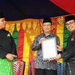 Chevron Bantu Kelompok Melayu Mandiri 12 Kolam dan 20.000 Bibit Lele