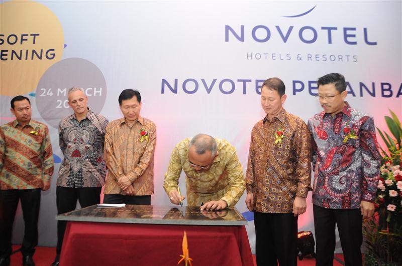 Soft Opening Novotel Hotel Pekanbaru 1