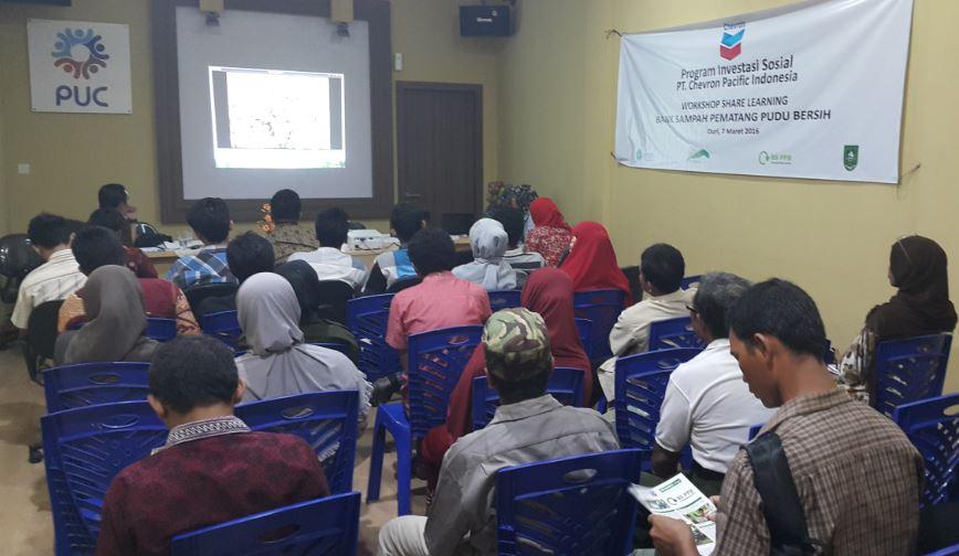 Suasana Sosialiasi lanjutan Bank Sampah Menuju Pematang Pudu Bersih di Pondok Oleh-Oleh Duri