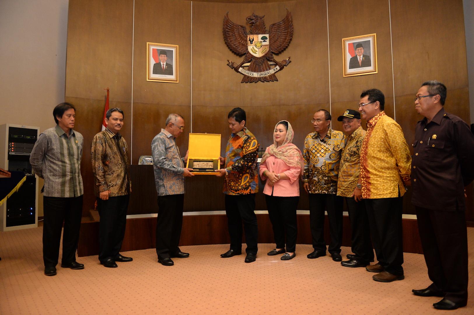 Permalink ke Pertemuan Komisi IV DPR RI dengan Pemprov Riau
