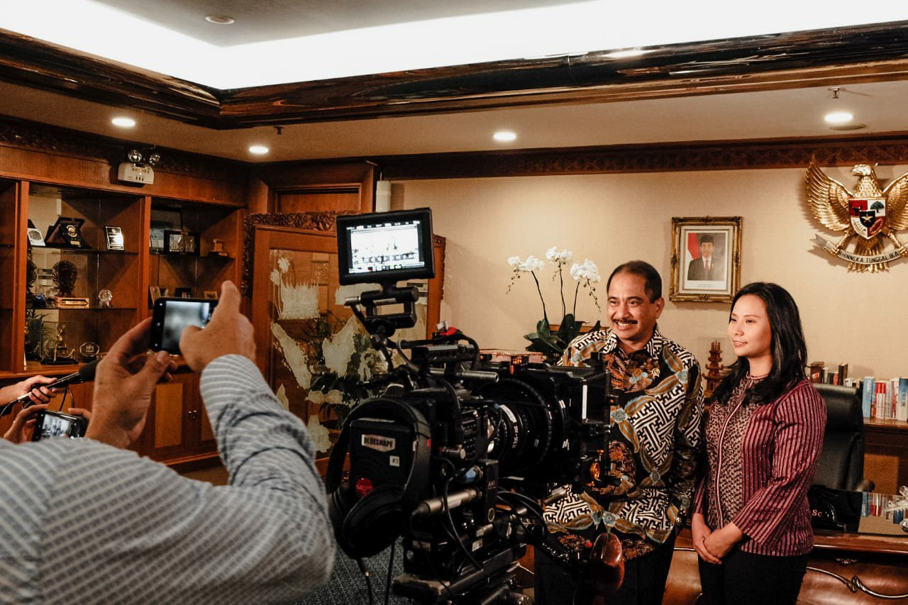 Permalink ke Film Garapan Livi Zheng Bernuansa Bali Segera Tayang
