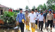Permalink ke Plt Gubri Tinjau Banjir Di Meranti Pandak