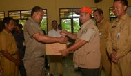 Permalink ke Kepala BPBD dan Damkar Kabupaten Bengkalis Menyerahkan Bantuan Tanggap Darurat