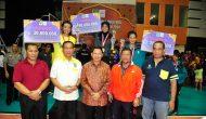 Permalink ke Sekda Prov Serahkan Trophy Juara I Putra dan Putri