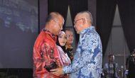 Permalink ke Galeri: Plt Gubri Hadiri Acara Malam Kenal Pamit Kapolda Riau