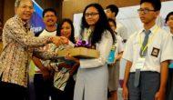Permalink ke Dua Siswa SMA Asal Pekanbaru Raih Peringkat Pertama DCR 2015