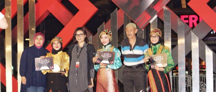 GEMA CITRA NUSANTARA:Raih Gelar Juara 1 dan 3 Lomba Tari Rapa'i Geleng