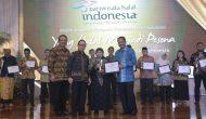 Permalink ke Menpar Berikan Penghargaan Anugerah Pariwisata Halal Terbaik 2016