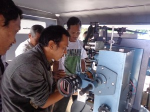 Permalink ke Pemerintah Bantah Ada Mobil Bioskop Keliling Mangkrak