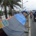 Sebagian Besar Pengungsi Masih Bertahan di Tenda-Tenda Penampungan